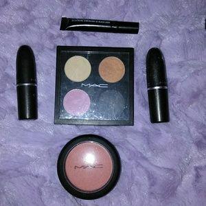Mac makeup bundle